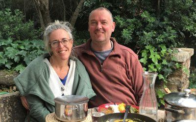 Unternehmerpaar bringt Liebe in die Welt
